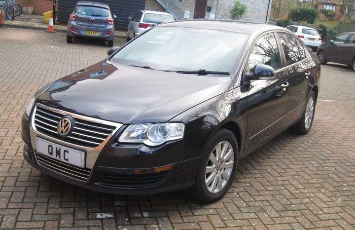 Volkswagen Passat 1.9 TDI S 4dr full